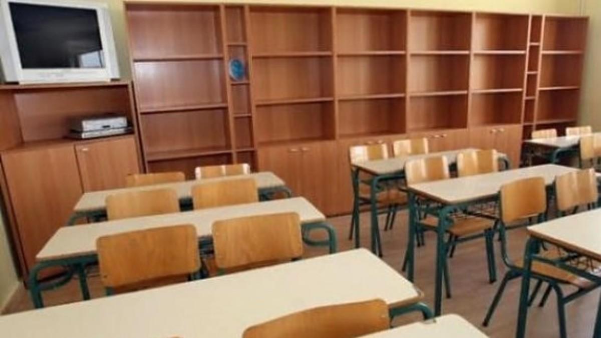 Απλήρωτοι για δύο μήνες συμβασιούχοι καθηγητές και δάσκαλοι | Newsit.gr