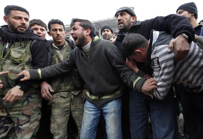Συρία: 11 νεκρά παιδιά ο σημερινός απολογισμός από τους βομβαρδισμούς | Newsit.gr
