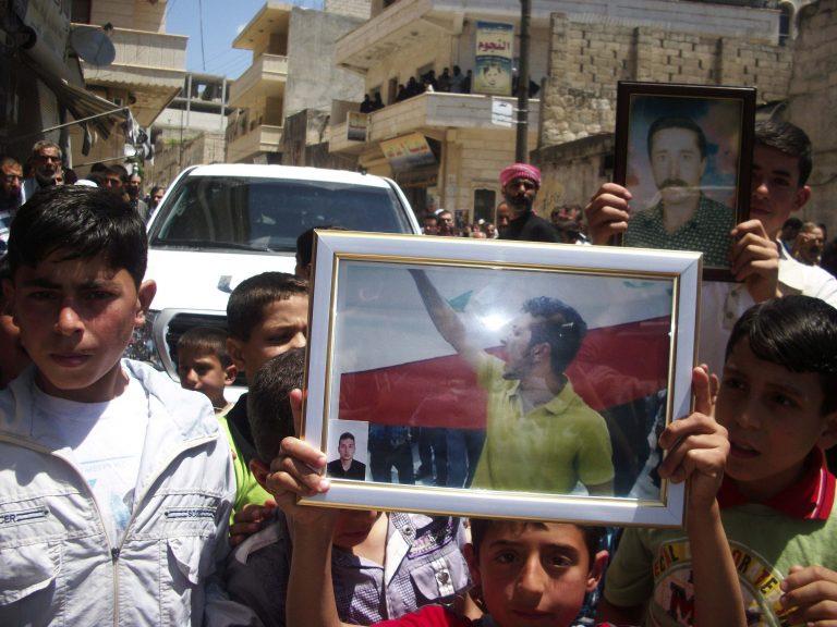 «Ο ΟΗΕ μας σκοτώνει» φωνάζουν οι Σύροι αλλά ποιος τους ακούει; | Newsit.gr