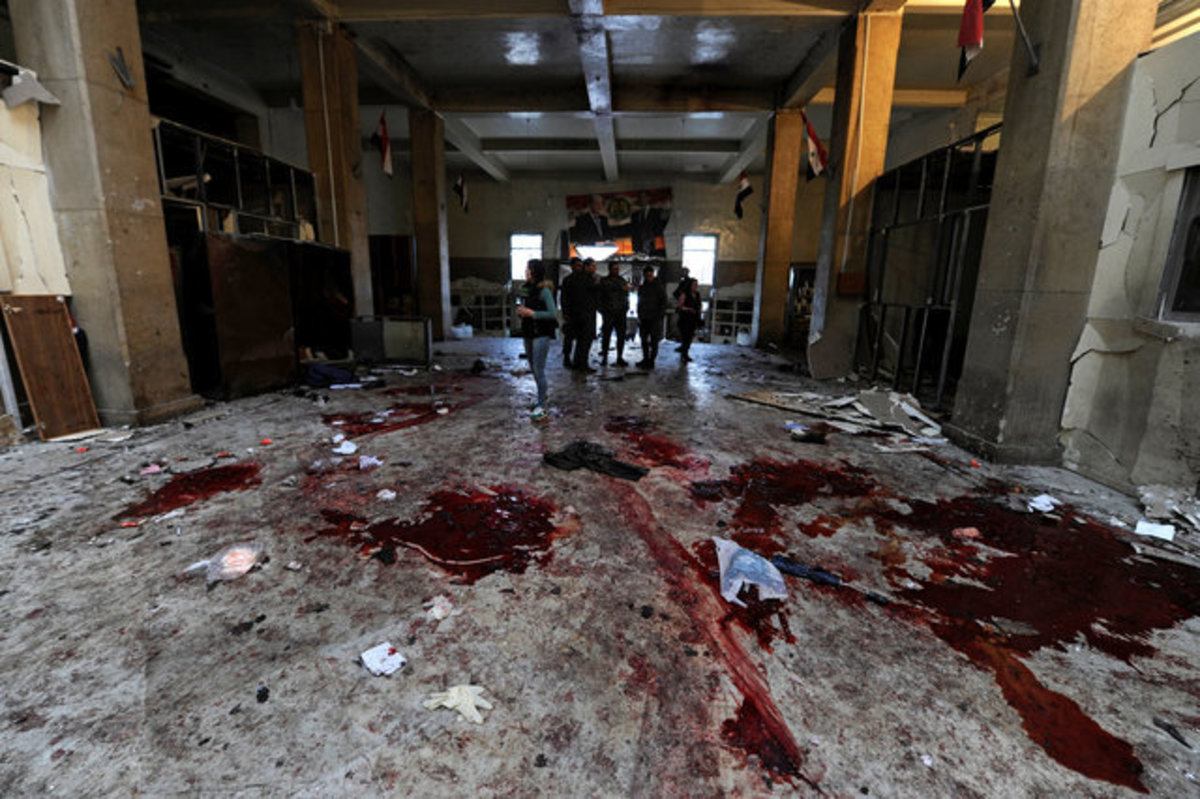Δαμασκός: Αίματα παντού! Δεκάδες νεκροί από δυο βομβιστικές επιθέσεις! [pics, vid]   Newsit.gr