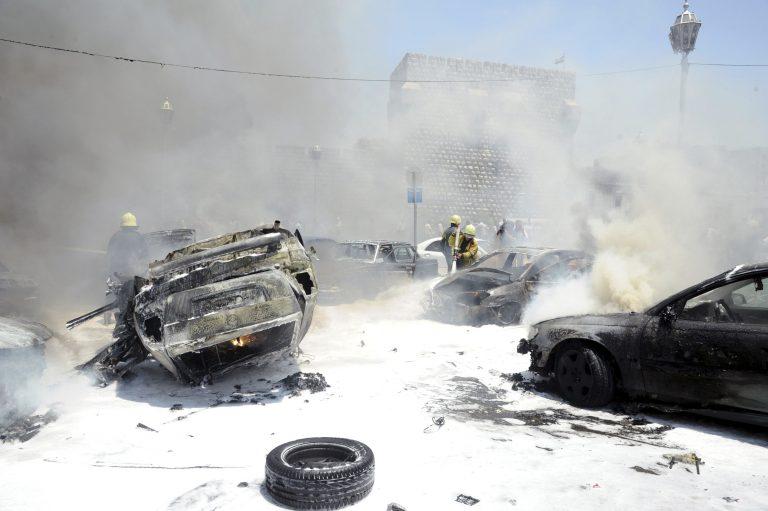 Εικόνες καταστροφής στη Δαμασκό – Διπλή βομβιστική επίθεση στο δικαστικό μέγαρο | Newsit.gr