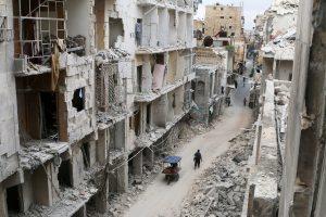 Χαλέπι: Πώς είναι να περπατάς ανάμεσα στα χαλάσματα! Συγκλονιστικό βίντεο