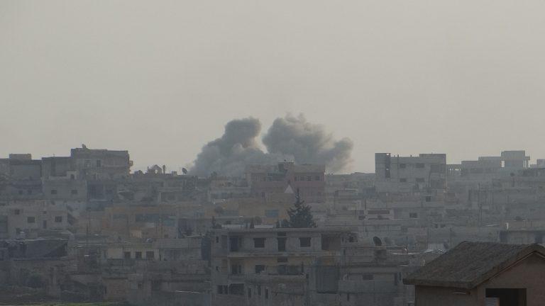 Σφοδρές μάχες στη Συρία – Επιθέσεις σε αεροδρόμια   Newsit.gr