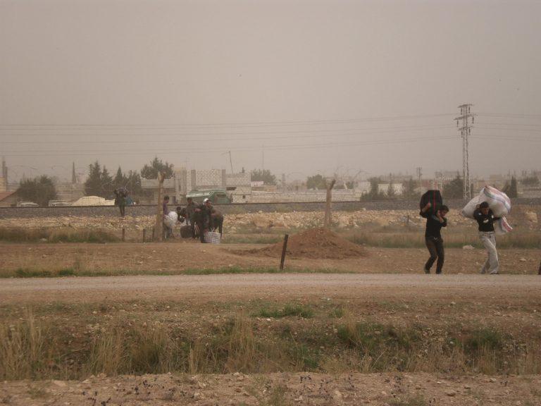 Βομβαρδισμοί γύρω απο τη Δαμασκό και το αεροδρόμιο | Newsit.gr