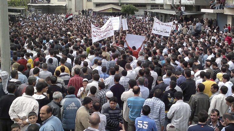 Συρία: 500 συλλήψεις σε μια μέρα – Στους 600 οι νεκροί | Newsit.gr