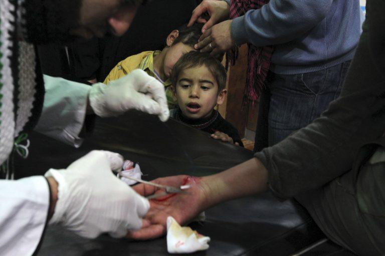 Σύροι γιατροί κατηγορούν για αδράνεια τη διεθνή κοινότητα   Newsit.gr