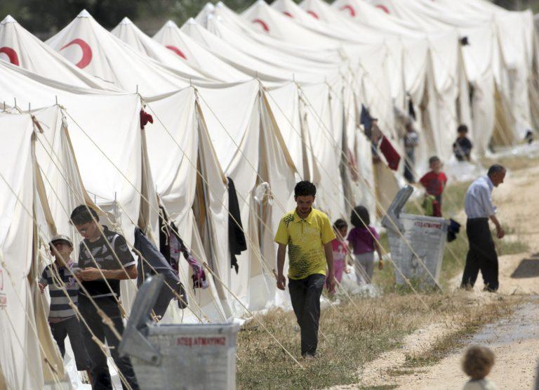 Πάνω από 100.000 οι Σύροι πρόσφυγες στο Λίβανο | Newsit.gr