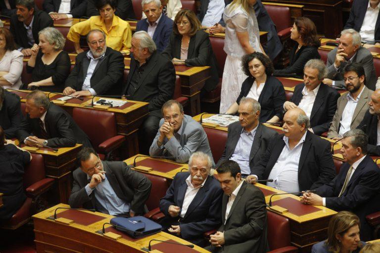ΣΥΡΙΖΑ: Οι Έλληνες και να θέλουν να πληρώσουν το χρέος δε μπορούν | Newsit.gr