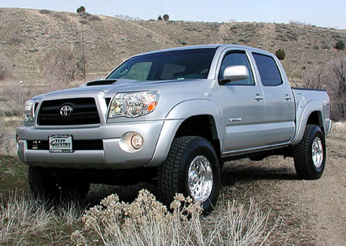 Η Toyota τώρα ανακαλεί και φορτηγά | Newsit.gr