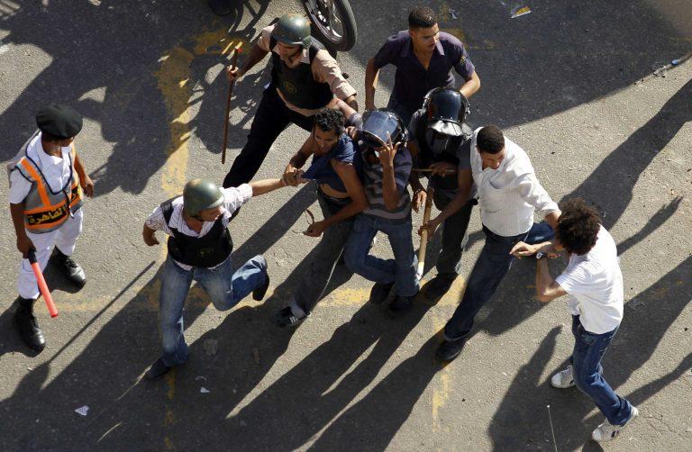Συνέλαβαν δημοσιογράφο γιατί έβγαζε φωτογραφίες! | Newsit.gr