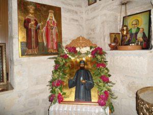 Ηράκλειο: Το συγκλονιστικό τάμα στον Αγιο Εφραίμ! Χτίζει λιθαράκι – λιθαράκι το ναό