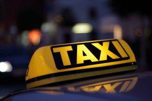 Δώρο Χριστουγέννων στα ταξί