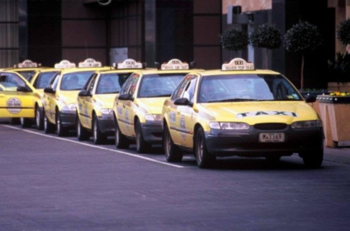 Επι ποδός οι έλληνες ταξιτζήδες στη Μελβούρνη   Newsit.gr