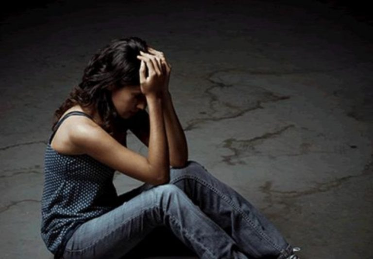 Φρίκη στο Βόλο – Ανήλικη καταγγέλλει το βιασμό της από 4 άνδρες, που είχαν συνεργό μια γυναίκα! | Newsit.gr