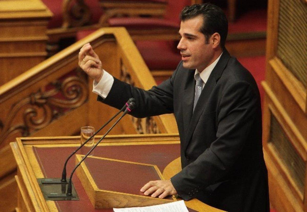 Θάνος Πλεύρης: Βγήκε από την εντατική!   Newsit.gr