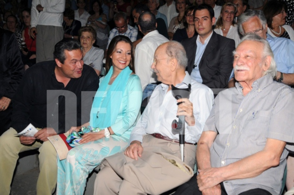 Γλέζος – Στεφανόπουλος – Καμμένος: Μαζί στη θεατρική παράσταση με τον Π. Χαϊκάλη | Newsit.gr