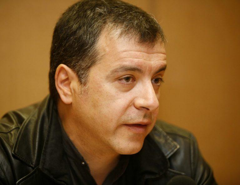Ο Θεοδωράκης στο «Γ. Γεννηματάς» | Newsit.gr