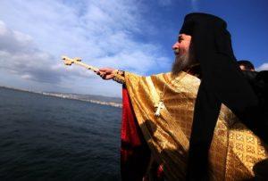 Θεοφάνεια: Τα «παλικάρια» ή «Φωτοκόλλυβα» σε Ηράκλειο και Λασίθι