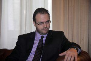 O Θεοχαρόπουλος στο συνέδριο του Ποταμιού: Μην κάνετε τα ίδια λάθη με τη ΔΗΜΑΡ