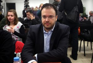 """""""Αδειάζει"""" την δημοσκόπηση για την κεντροαριστερά ο Θεοχαρόπουλος: Δεν είμαι υποψήφιος"""