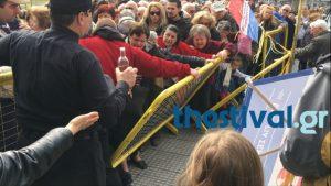 Χαμός στη Θεσσαλονίκη για ένα πιάτο φασολάδα! [vid]