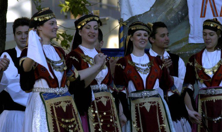 Θεσσαλονίκη: Αυθεντικό παραδοσιακό υπερθέαμα   Newsit.gr