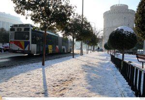 Θεσσαλονίκη: Εισαγγελική παρέμβαση για τις… αλατιέρες και την παράλυση από το χιονιά