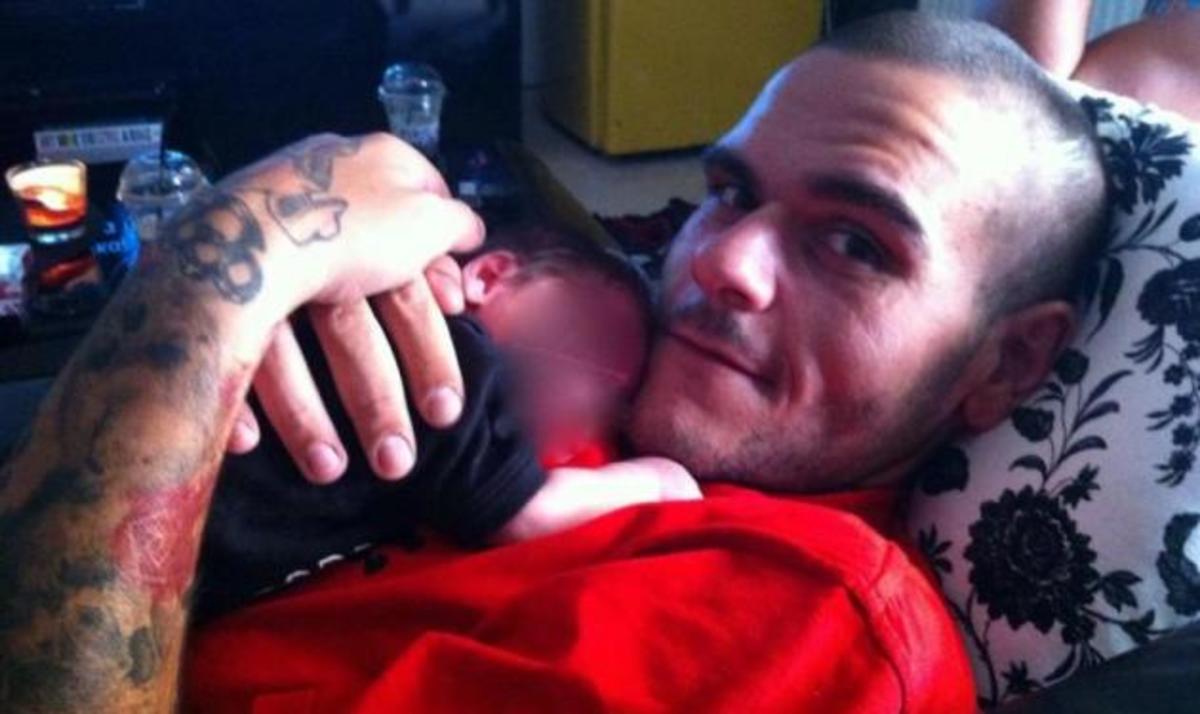 Θηρίο: Οι πρώτες φωτογραφίες από το νεογέννητο γιο του! | Newsit.gr