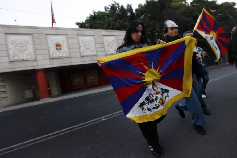 Αυτοπυρπολήσεις Θιβετιανών σε καθημερινή βάση | Newsit.gr