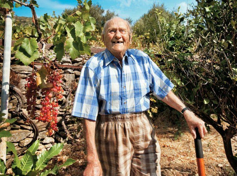 Ικαρία: Πέθανε ο γηραιότερος κάτοικος του νησιού-»Ξεγελούσε» τον θάνατο 40 χρόνια!   Newsit.gr