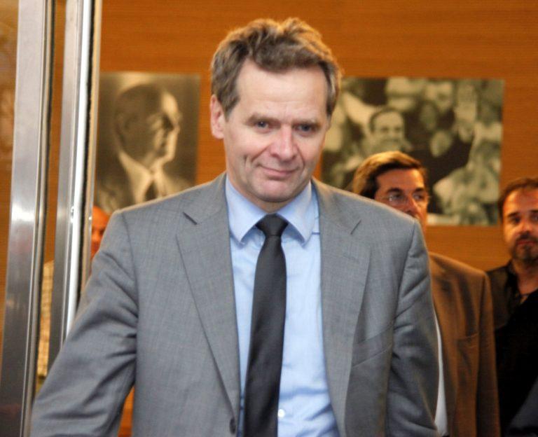 Π. Τόμσεν: Νέες περικοπές αν δεν πατάξετε τη φοροδιαφυγή | Newsit.gr