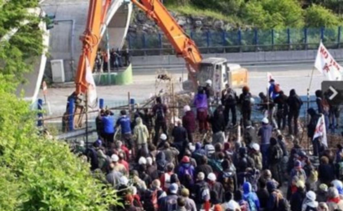 Επεισόδια για την κατασκευή σιδηροδρομικής γραμμής | Newsit.gr