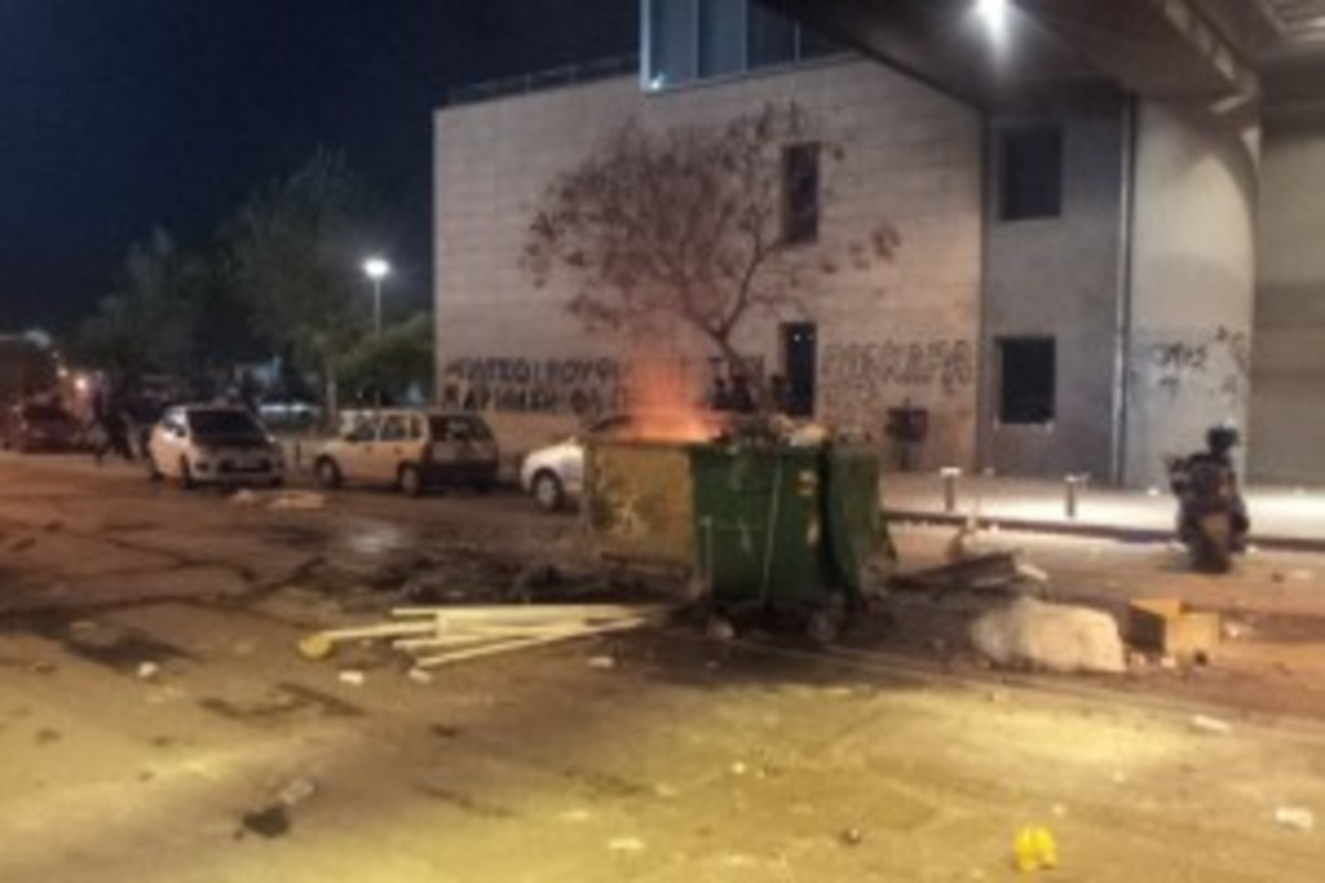 Πόλεμος έξω από την Τούμπα – VIDEOS | Newsit.gr