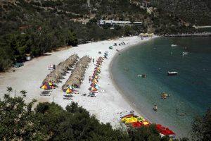 ΙΝΣΕΤΕ: Μύθος τα περί «φθηνών διακοπών» στην Ελλάδα – Αλλάζει το «προφίλ» των τουριστών