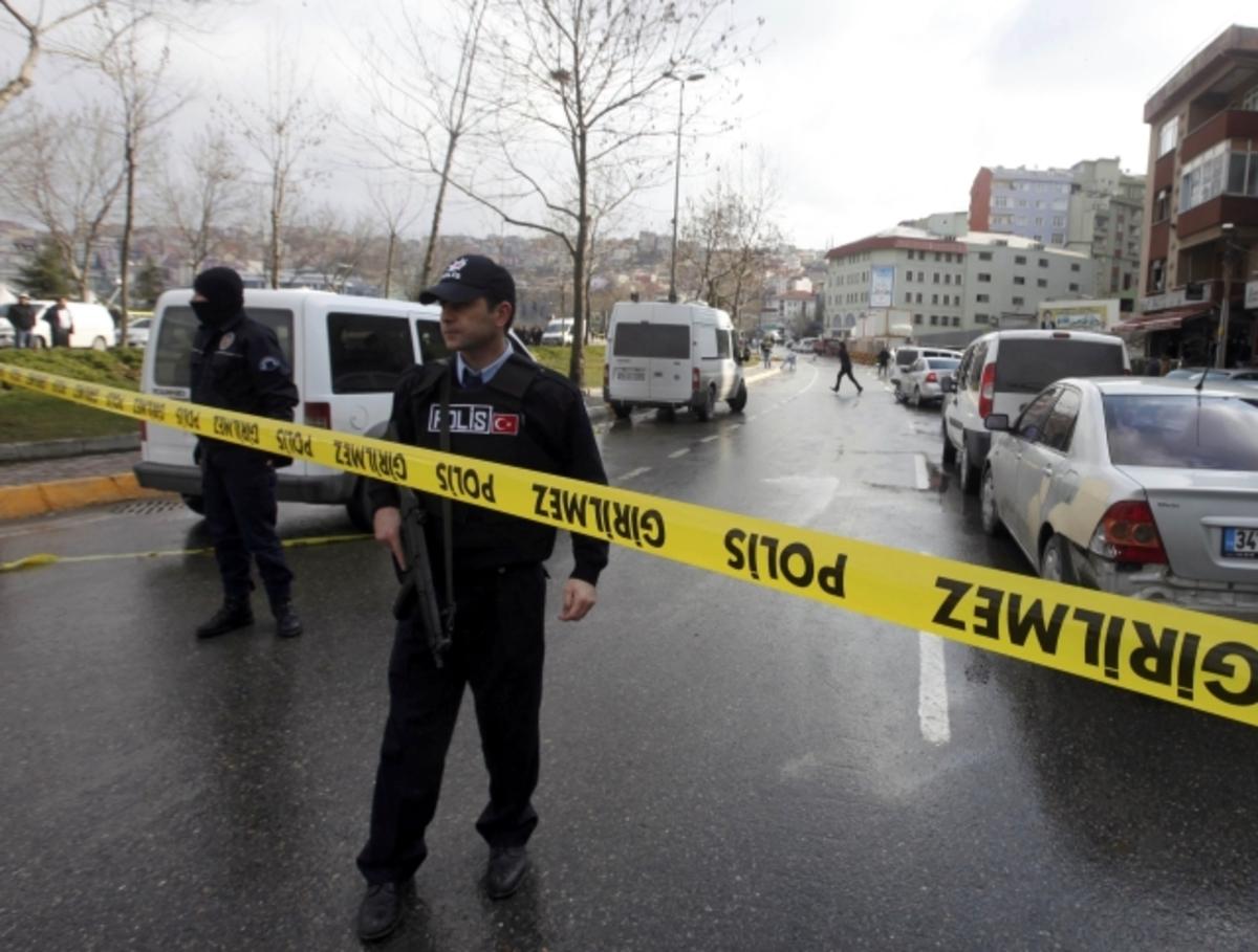 Τρόμος στην Κωνσταντινούπολη – Ισχυρή έκρηξη κοντά στα γραφεία του κόμματος του Ερντογάν | Newsit.gr