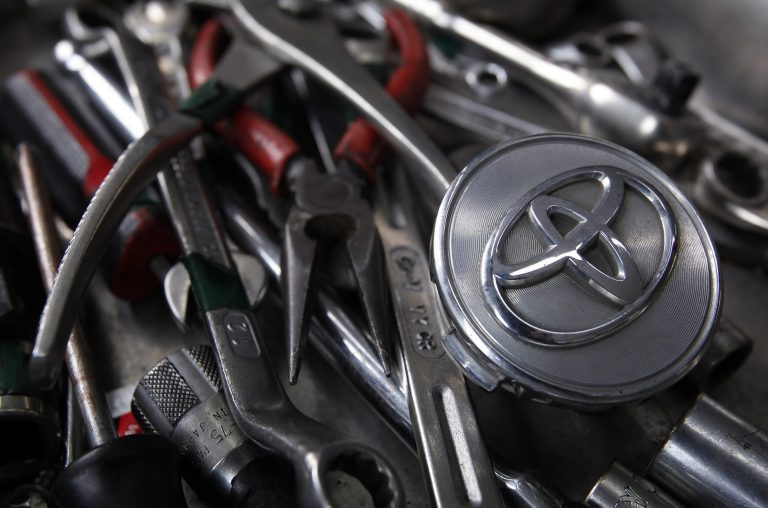 Ανακαλεί 7,43 εκατ. αυτοκίνητα παγκοσμίως η Toyota! | Newsit.gr
