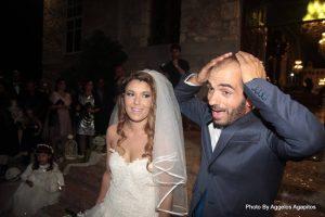 """Ο γάμος της τραγουδίστριας σήκωσε στο """"πόδι"""" την Αιδηψό! [pics]"""