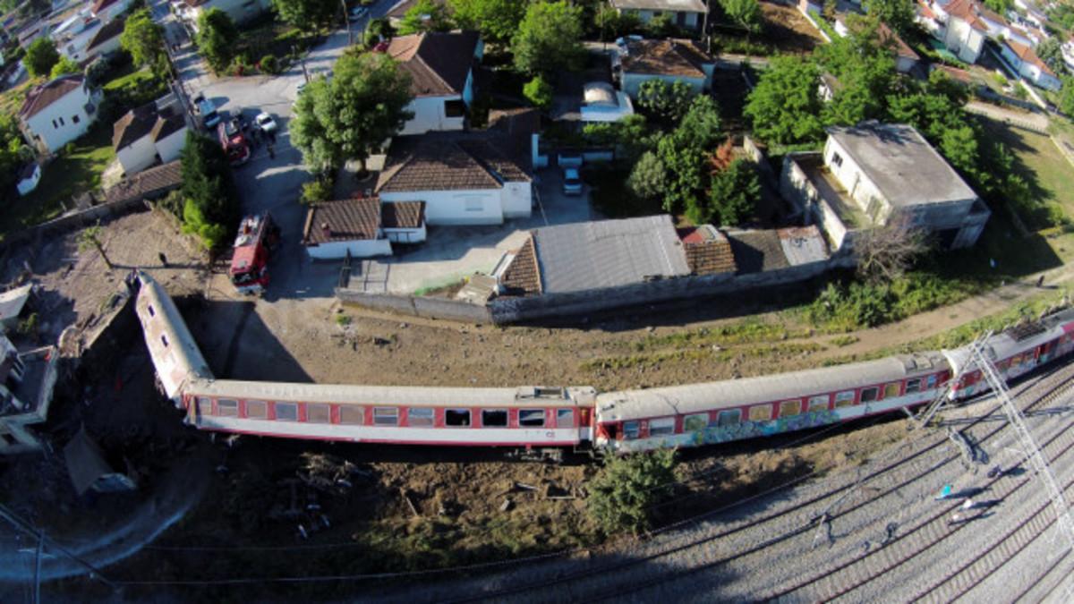 Εκτροχιασμός τρένου: Τι προκάλεσε την τραγωδία στο Άδενδρο | Newsit.gr