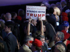 Εκλογές ΗΠΑ 2016: Ο Τραμπ φοβίζει τις ασιατικές αγορές – Ανεβαίνει ο χρυσός