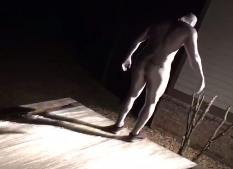 Έφτιαξαν τραμπολίνο από σελοφάν! Έγινε αυτό που φαντάζεστε! Ξεκαρδιστικό βίντεο | Newsit.gr