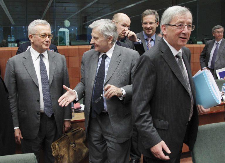 Η κρίση αγγίζει την Ιταλία – Έκτακτη συνάντηση του Γιούνκερ με τον Ιταλό υπ. Οικονομικών   Newsit.gr