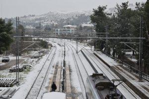 Χιόνια: Νέα εξήγηση για τα τρένα που μείναν…