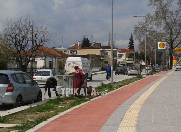 Εικόνα που σοκάρει στα Τρίκαλα: Ζωή στα… σκουπίδια για ανήλικο παιδί (ΦΩΤΟ) | Newsit.gr