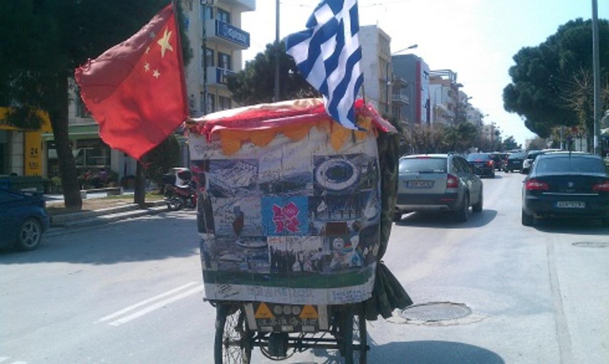 Αλεξανδρούπολη: Πού φαντάζεστε ότι πηγαίνει αυτό το τρίκυκλο; | Newsit.gr