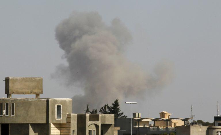 Λιβύη: Βόμβα σε διπλωματικό όχημα   Newsit.gr