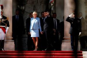 Μπερλουσκόνι για Τρονιέ: «Η όμορφη μητέρα του Γάλλου Προέδρου!»
