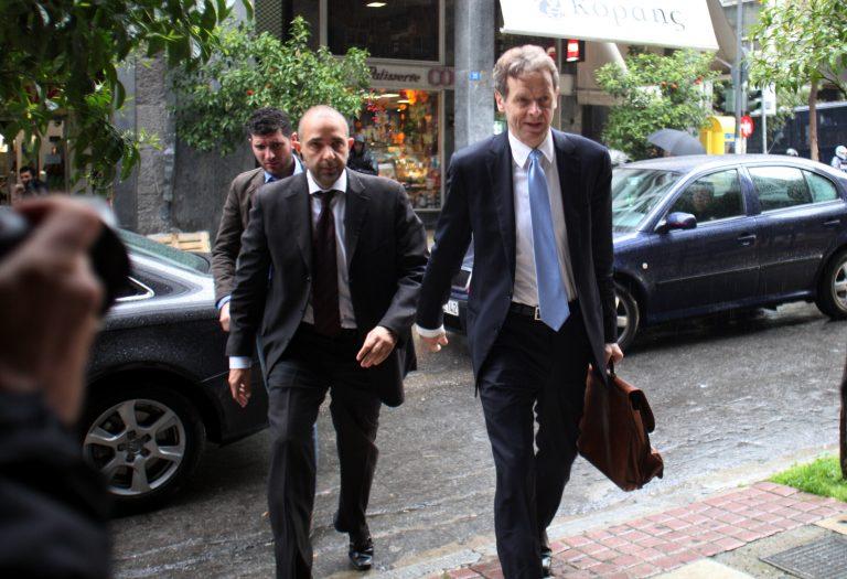 Γκρίνια τρόικας για φορολογικά έσοδα, Δημόσιο και αποκρατικοποιήσεις – Τόμσεν: «Έχετε μείνει πίσω» | Newsit.gr