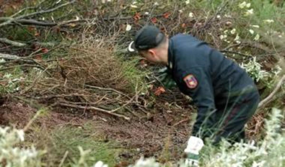 Φθιώτιδα: Ο περίπατος του τρόμου- Βρήκε κρανίο και μέλη σώματος σε αποσύνθεση! | Newsit.gr