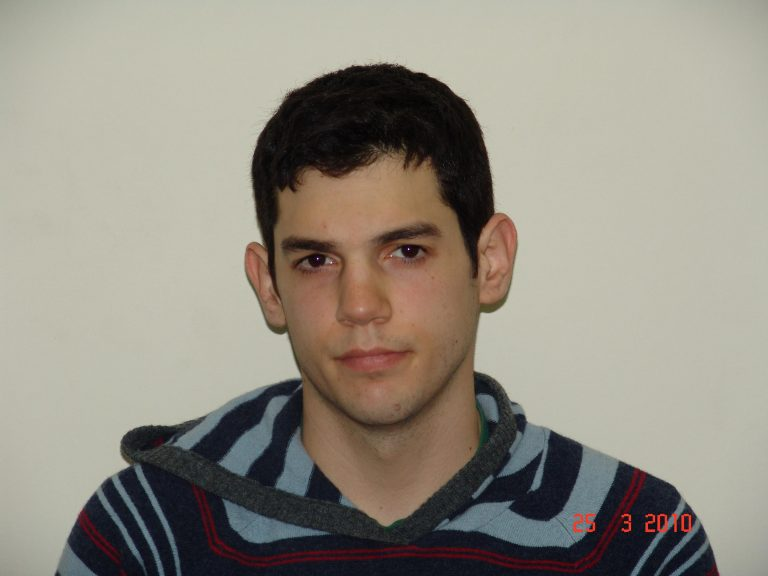 Αυτός είναι ο 22χρονος που συνέλαβε η ΕΛ.ΑΣ. ως ύποπτο για τρομοκρατία | Newsit.gr
