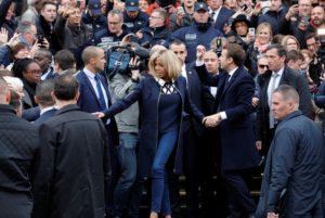 Ου λα λα! Μπριζίτ Τρονιέ, η επιτομή της γαλλικής κομψότητας! [pics]